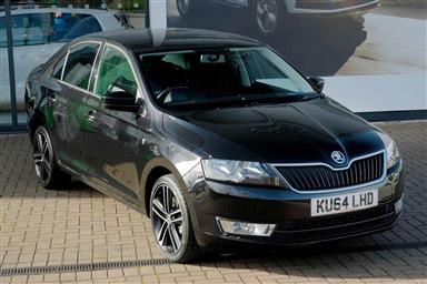 Skoda Rapid Hatchback 5-Dr 1.2 TSI (105 PS) Sport